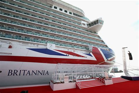 largest cruise ships in the world the 15 largest cruise ships in the world