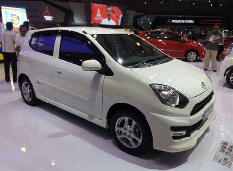 Tv Mobil Ayla harga baru daihatsu ayla okezone news