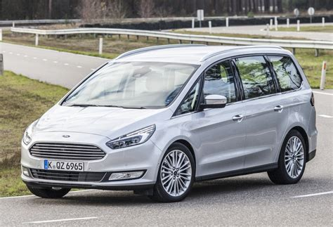 ford galaxy rs ford galaxy with focus rs 2 5l engine shoots flames