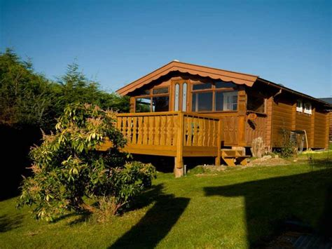 log cabin lodge cadair view lodge log cabins accommodation zipworld