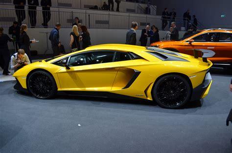 Lamborghini Aventador SV Gets Tougher, Tighter and Lighter