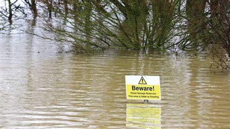 river thames flood zone thames villages face floods timesofmalta com