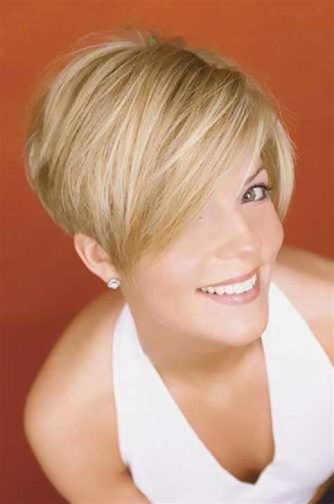 short haircuts and how to cut them picture gallery of short razor cut hairstyles razor cut