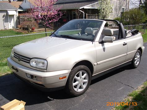 1998 Volkswagen Cabrio by 1998 Volkswagen Cabrio Photos Informations Articles