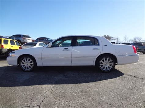 manual cars for sale 2010 lincoln town car free book repair manuals cars for sale buy on cars for sale sell on cars for sale carsforsale com