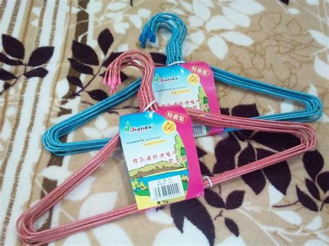 Hanger 1box Isi 8pcs children clothes hangers pvc coated wire mesh wholesale free shipping children clothes