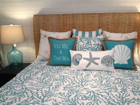 coastal bedding quilts 17 best ideas about coastal bedding on pinterest beach bedrooms beach bedroom decor