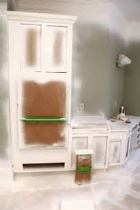 best way to paint kitchen cabinets spray or brush best way to paint cabinets spray or roll savae org