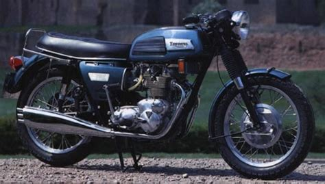 triumph trident t150 classic motorcycle pictures