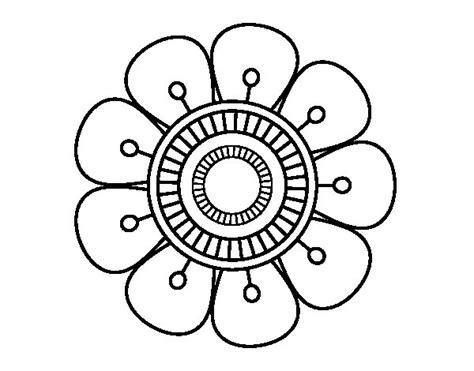 imagenes de mandalas en vitrofusion dibujo de mandala en forma de flor para colorear dibujos net
