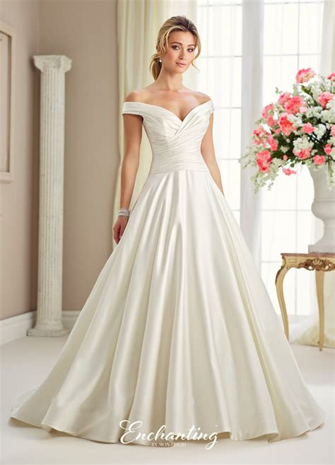 Jackie Kennedy Wedding Gown by Shop Bridal Gowns Inspired By Jaqueline Kennedy S Wedding