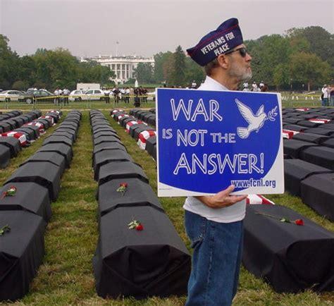House 3d veteran against war outside the white house mjb flickr
