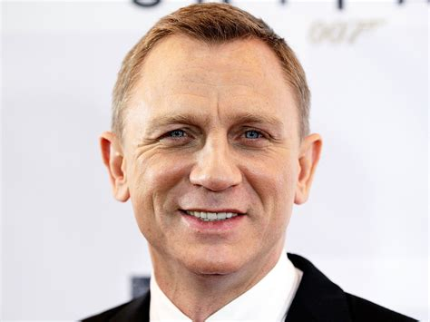 hairstyles for receding hairline and round face daniel craig forced to undergo surgery after being injured