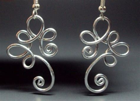 patterned wire for jewelry 1000 ideas about wire jewelry patterns on