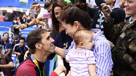 Michael Phelps And Johnson At Michael Phelps Fianc 233 E Johnson Reveals Wedding