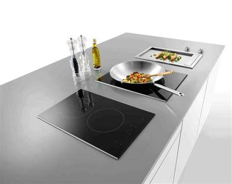 cucina con piano cottura a induzione piano cottura induzione componenti cucina
