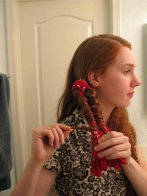 hairstyle using rubberbainds and folding hair through to create braid bandana waves rapunzel s resource