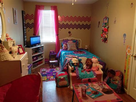 doc mcstuffin bedroom 1000 images about doc mcstuffins bedroom on pinterest
