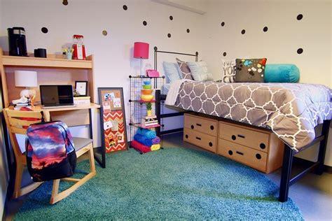 affordable ways  upgrade  dorm room  semester