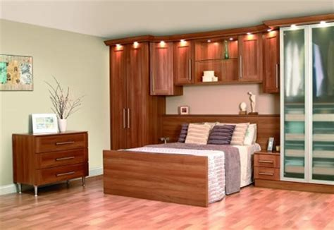 Wardrobe Designs For Small Bedroom Small Bedroom With Wardrobe Home Decorating Ideas