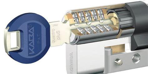 serratura sicura porta blindata porta blindata aggiornala per stare pi 249 sicuro cose