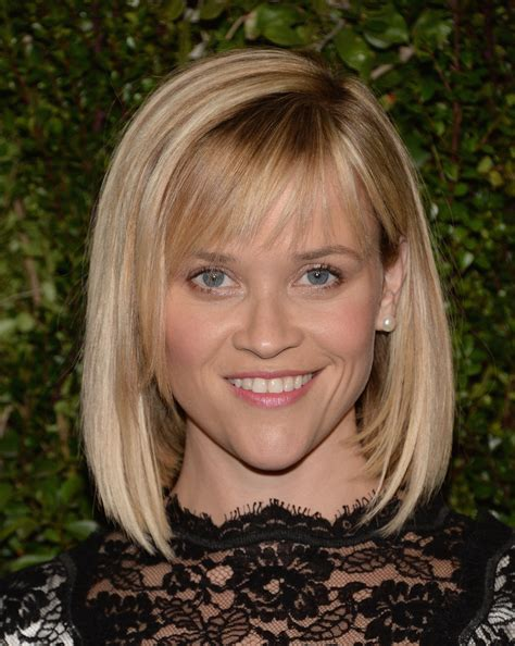 reese witherspoon angled bob more pics of reese witherspoon mid length bob 11 of 13