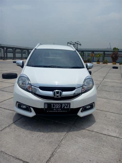 Honda Mobilio 1 5 E honda mobilio 1 5 e matic 2014 putih km 20 rban