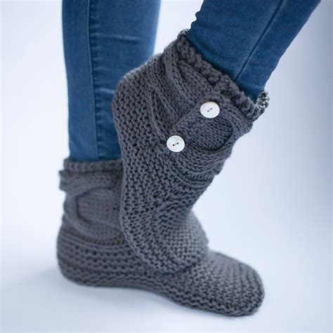 easy knitted slippers free pattern simple knit slipper booties free pattern the woven