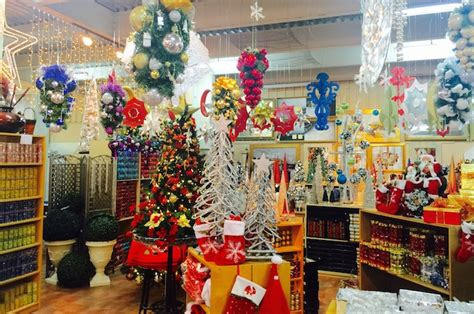 warehouse for christmas decoration in dubai