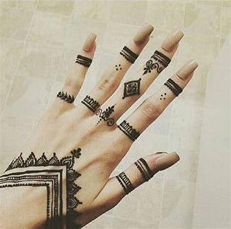 henna tattoos simple trending mehndi designs 50 henna ideas for 2018