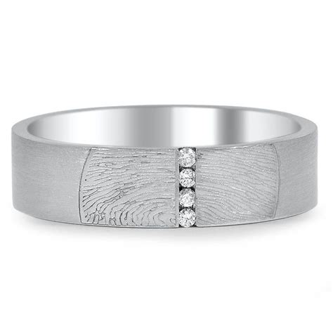 Engraved Wedding Rings by Ideas For Engraved Wedding Bands Brilliant Earth