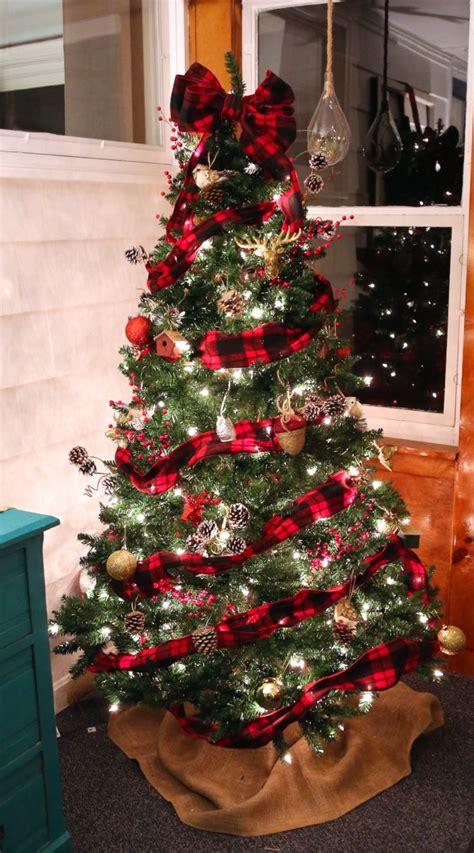 buffalo check plaid christmas tree outdoor christmas decorations christmas tree themes