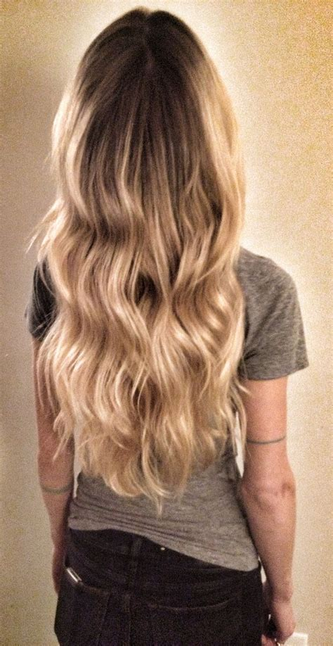 blonde hairstyles ombre blond wavy hair ombre balayage highlights beach