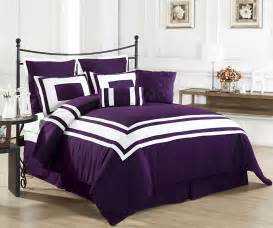 Purple Bed Sets Purple And White Bedding Sets Bed And Bath