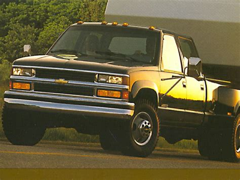 how to fix cars 1994 chevrolet 3500 parking system 1998 chevrolet 3500 overview cars com