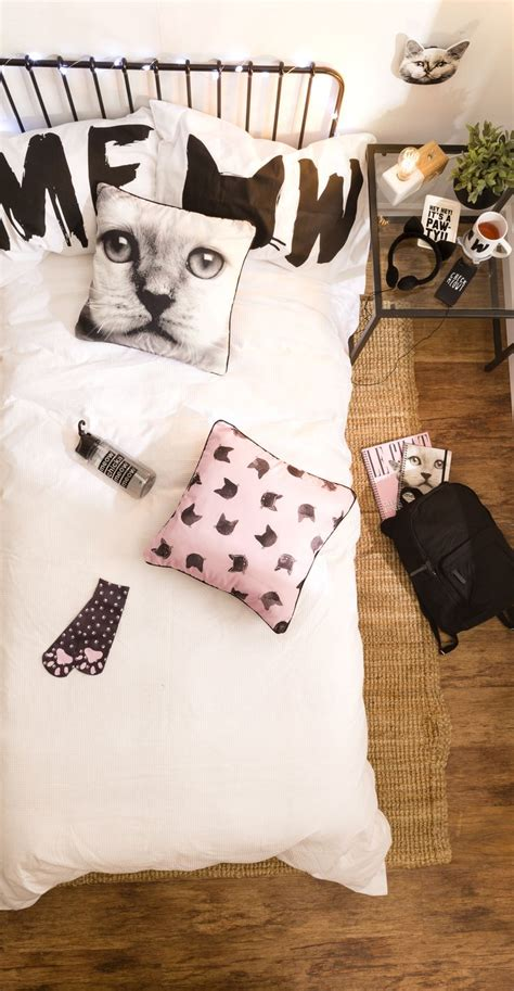 cat bedroom decor best 20 cat bedroom ideas on pinterest cat things cat