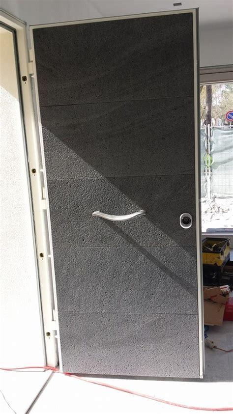 rivestimento porta ingresso foto rivestimento porta ingresso in pietra lavica
