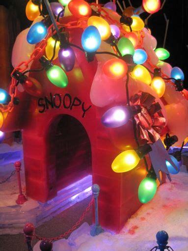 charlie brown christmas images  pinterest christmas tree christmas trees