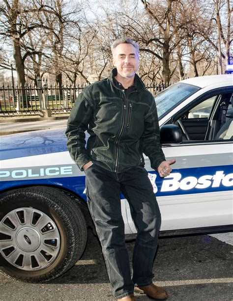 titus welliver the town the town cop back in town titus welliver in boston