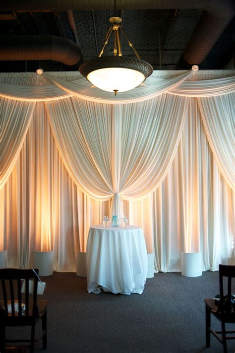 backdrop drapes for weddings best 25 pipe and drape ideas on pinterest