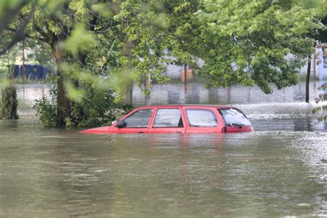 Amac Cars Avoid Buying A Flood Ravaged Car Amac The Association