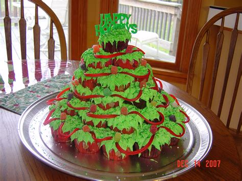funny christmas cards christmas tree cake