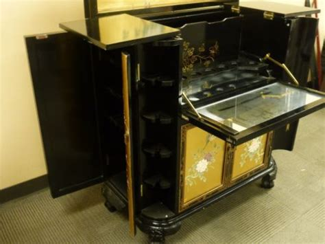 japanese black lacquer cabinet oriental asian japanese chinese black and golden lacquer