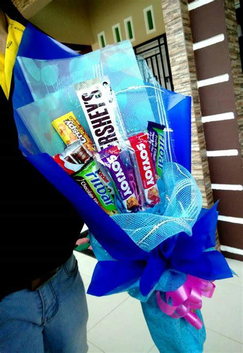 100 Transaksi Sukses Dari 9 Transaksi Bagikan Snack Snack Anjing jual kado wisuda buket vape lipstick