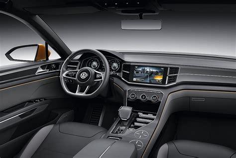 volkswagen crossblue interior 2013 volkswagen crossblue coupe concept interior driver