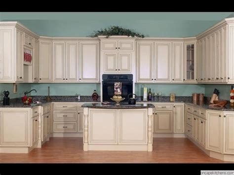 Cape Cod Kitchen Cabinets | p 0001