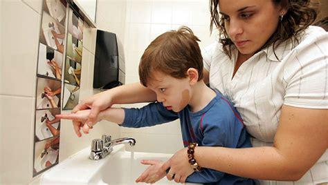 Detoxing Autistic Child by Vishwacare Autism And Ayurveda