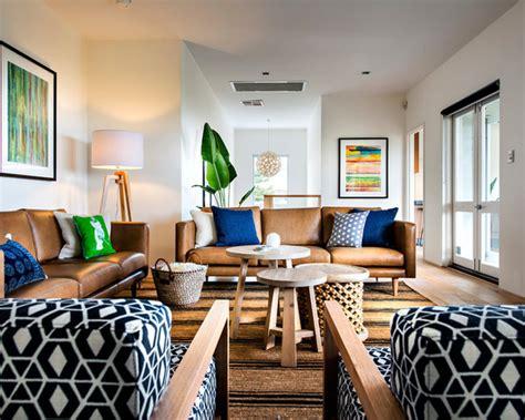 camel colored sofas and decorating ideas 10 ideias de salas decoradas com sof 225 marrom apartamento