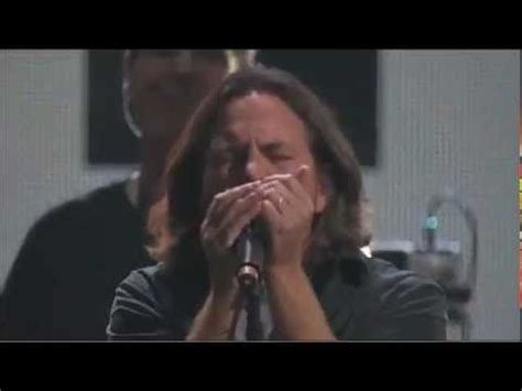 comfortably numb eddie vedder roger waters e eddie vedder comfortably numb 121212