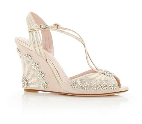 Blush Wedges Wedding by 25 Best Ideas About Bridal Wedges On Wedding